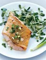 Black_cod_on_sunflower_sprouts_1